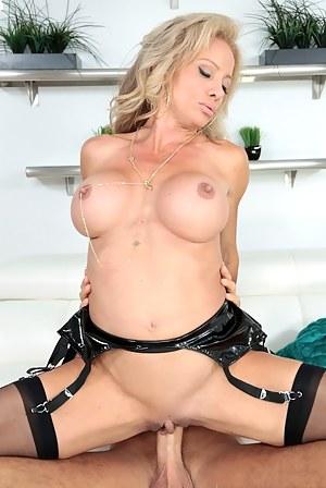 Dick in MILF Pussy Porn Pics