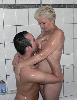Wet MILF Porn Pics