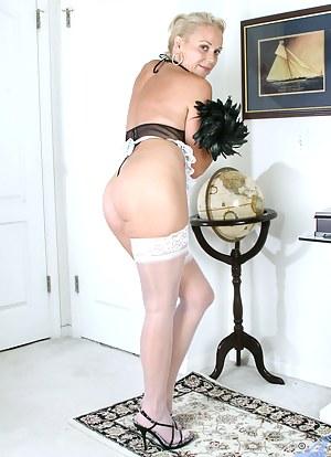 MILF Maid Porn Pics