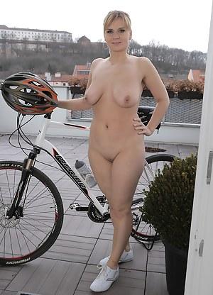 MILF Sports Porn Pics