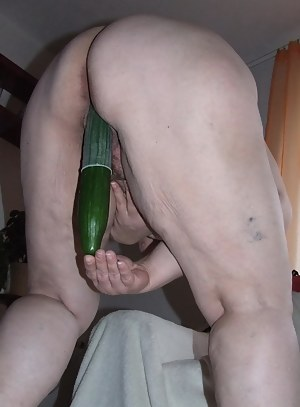 MILF Bizarre Porn Pics