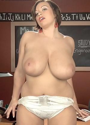 MILF Nipples Porn Pics