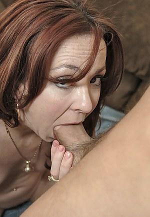 MILF Deepthroat Porn Pics