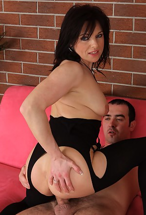 MILF Hardcore Porn Pics