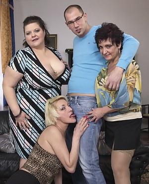 MILF Reverse Gangbang Porn Pics