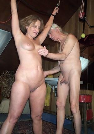 MILF Spanking Porn Pics