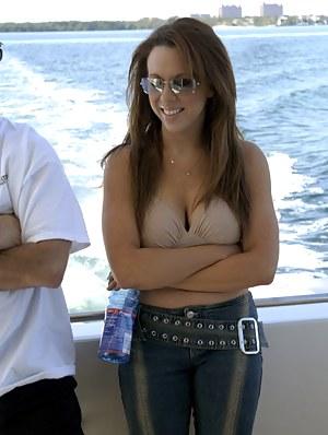 MILF Boat Porn Pics