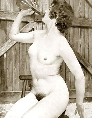 MILF Vintage Porn Pics